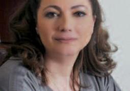 »دار سارة« تواصل الإبهار مع مجموعتها المذهلة كريستال سواروفسكي
