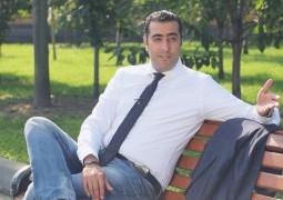 """مشاركات بالــ """" جملة """" لباسم ياخور"""