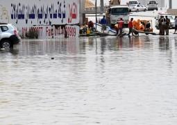 9 وفيات جراء الأمطار الغزيرة في الرياض