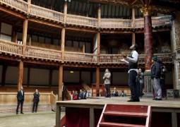 """أوباما يحضر """"هاملت"""" في مسرح شكسبير في لندن"""