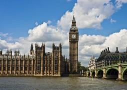 """ساعة """"بيغ بن"""" في لندن تتوقف عن العمل لعدة أشهر"""