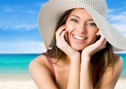 كيف تحمي بشرتك من درجات حرارة الشمس القاسية؟