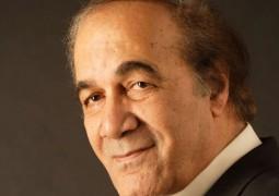 محمود ياسين ينفي خبر وفاته
