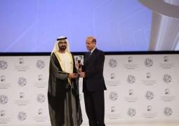 """عبد الرحمن الراشد """"شخصية العام الإعلامية"""" من منتدى الإعلام العربي."""