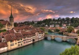 السياحة في سويسرا مثالية لفصل الصيف