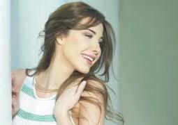 بالفيديو.. نانسي عجرم تهدي صاحب السمو الملكي مولاي رشيد «يتربى في عزكم»