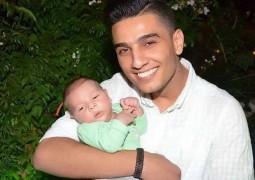 محمد عساف مع أصغر معجبيه