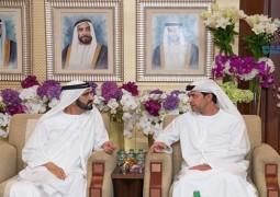 محمد بن راشد يلبي دعوة نهيان بن مبارك الى مائدته الرمضانية
