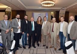 بالصور نجوم الفن والاعلام في يجتمعون بحفل جامعة العلوم في دبي