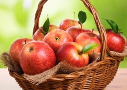 فوائد تناول تفاحة واحدة يومياً قبل النوم