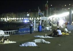 فرنسا.. 73 قتيلاً و100 مصاب بعملية دهس في نيس