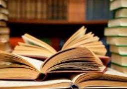 قراءة الكتب في سن الشيخوخة تطيل العمر