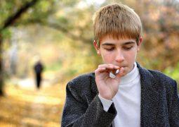 ابني المراهق يدخن أم إبراهيم – الشارقة