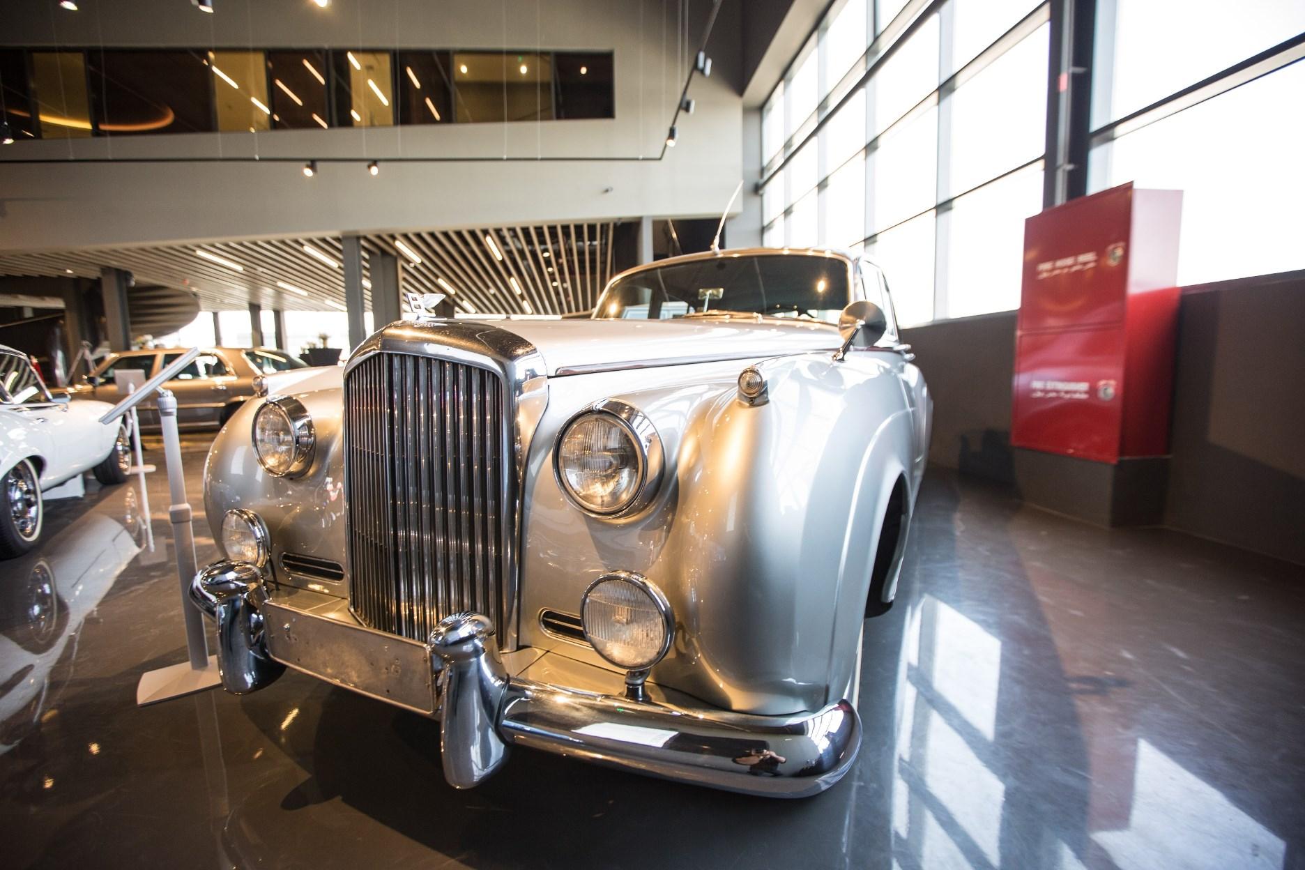 Launch of Nostalgia Classic Cars Showroom in the UAE (3)