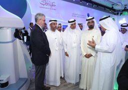 محمد بن راشد يرعى منتدى دبي الصحي ويتفقد المعرض المصاحب له.