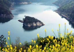 تعرف على أغرب جزيرة في العالم  لانها تظهر في فصل الربيع فقط