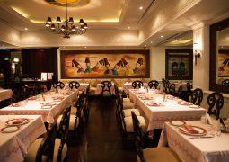 مطعم النافورة أبراج الإمارات يقدم قائمة غداء مميزة على هامش معرض الخليج للأغذية