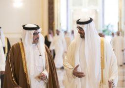 ولي عهد البحرين يصل أبوظبي في زيارة رسمية للبلاد