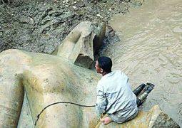 بالفيديو انتهاء  أعمال نشل تمثال رمسيس الثاني الذي يزن سبعة أطنان
