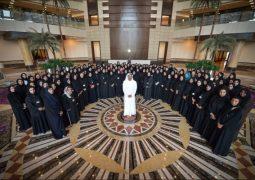عبدالله بن زايد: المرأة شريك أساسي في الارتقاء بجهود الدبلوماسية الإماراتية