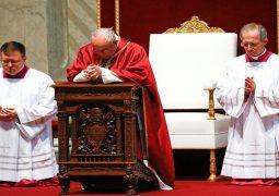 بابا الفاتيكان يتحدث عن فضائح البشرية