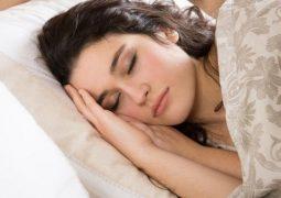 ماهو السبب الرئيسي لحاجة جسمنا للنوم ما بين 7 إلى 8 ساعات يومياً