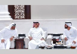 محمد بن راشد ومحمد بن زايد يستقبلان ملك البحرين