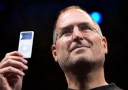 """""""آبل"""" توقف رسمياً إنتاج أجهزة آيبود"""
