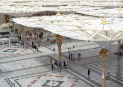 وكالة شؤون المسجد النبوي تستطلع آراء الزوّار عن مستوى الخدمات المقدمة لهم