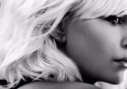 تشارليز ثيرون تقود Atomic Blonde لجمع إيرادات بـ49 مليون دولار