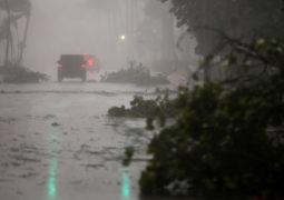 إعصار  إيرما في فلوريدا.. يتراجع إلى الدرجة الثانية