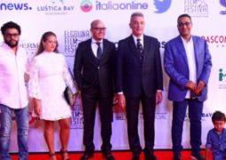 الفيلم المصرى فوتوكوبى يفوز بجائزة أفضل فيلم روائى عربى بمهرجان الجونة
