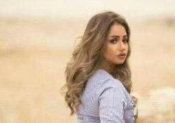 بالصور شبيهة ليلى علوي تثير إعجاب المصريين