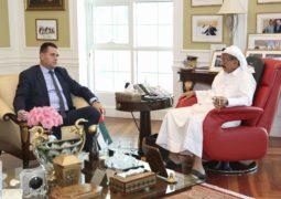 خلف أحمد الحبتور يستقبل رئيس وزراء كانتون توزلا