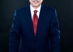 البروفيسور هاني سكلا:  زراعة القرنية بتقنية الليزر الفيمتو ثانية؛ ثورة جديدة في عالم جراحة العيون