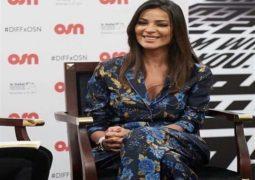 """بعد ياسمين رئيس… نادين نسيب نجيم بـ""""البيجاما"""" في مهرجان دبي"""