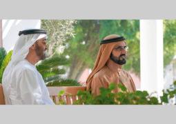محمد بن راشد ومحمد بن زايد يؤكدان أولوية التنمية وإسعاد المواطنين