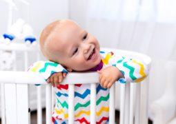 تعرفي على أهم الأسباب لتسوس أسنان الأطفال الرضع وكيفية العناية بها بشكل صحيح