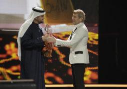 حسين الجسمي مكرَّماً في قصر الكرملين بجائزة الفنان الأكثر شعبية في الشرق الأوسط وشمال افريقيا