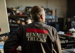 'شاحنات رينو' تقدّم كفالة لسنتين على القطع التي يتم تركيبها لدى الشركة