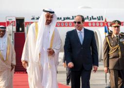 محمد بن زايد يؤكد حرص الإمارات على توحيد الرؤى والمواقف مع مصر