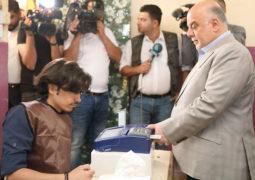 العراقيون يدلون بأصواتهم في الانتخابات التشريعية.