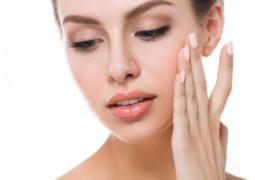 5 خطوات أساسية تحمي بشرتك من الشيخوخة المبكرة