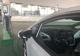 """شركة ليبرتي للسيارات تعلن عن تركيب مرفق لشحن سيارة  """"شيفروليه بولت"""" الكهربائية"""