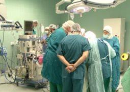 إنجاز طبي يفتح الأمل لمرضى سرطان الحنجرة والرئة