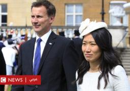 """""""زلة لسان"""" تحرج وزير خارجية بريطانيا خلال زيارة مهمة إلى الصين"""