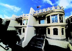 مركز الحكمة الطبي يقدم الخدمات الطبية  في مدينة أبوظبي لأكثر من 30 عاماً