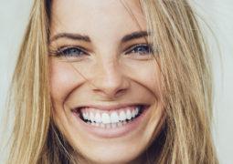 كيف تحافظين على شبب إبتسامتك