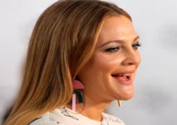 مجلة مصرية تعتذر عن مقابلة مع الممثلة درو باريمور