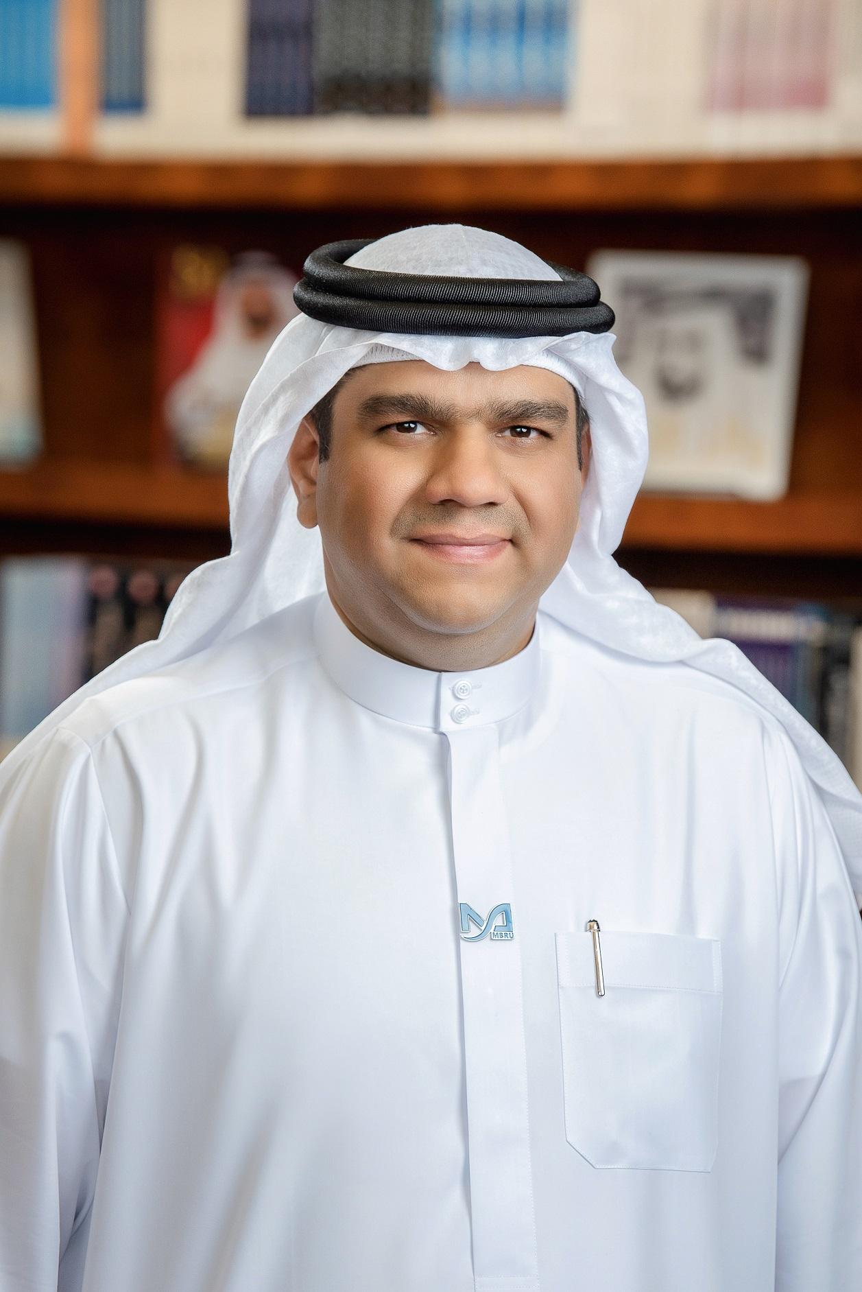 في يوم المرأة الإماراتية خريجات جامعة محمد بن راشد للطب والعلوم الصحية سند للوطن في مواجهة جائحة كوفيد 19 مجلة المنارة